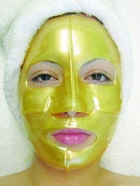 24 K Gold Collagen Mask 3.17 oz. (1 pc) Photo